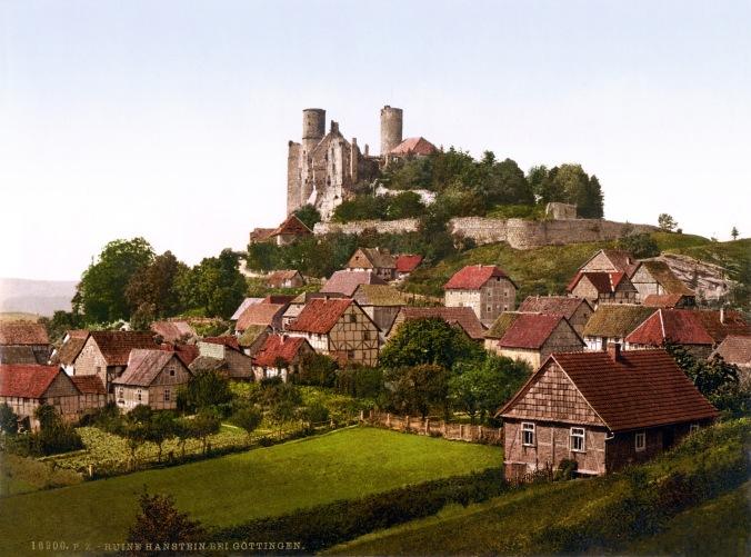 Hanstein Castle, near Hanover Germany. (http://posture.doonks.com/hanover.html)